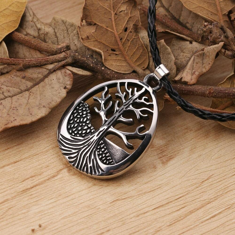 Large Celtic Life Pendant Necklace Leather Cord Alloy